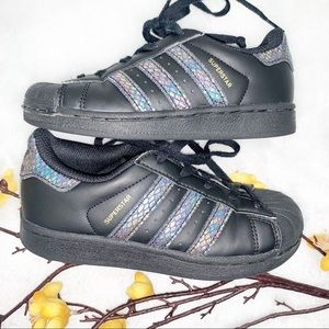 ADIDAS 11 Girls Superstar Sneakers Shoes Snakeskin